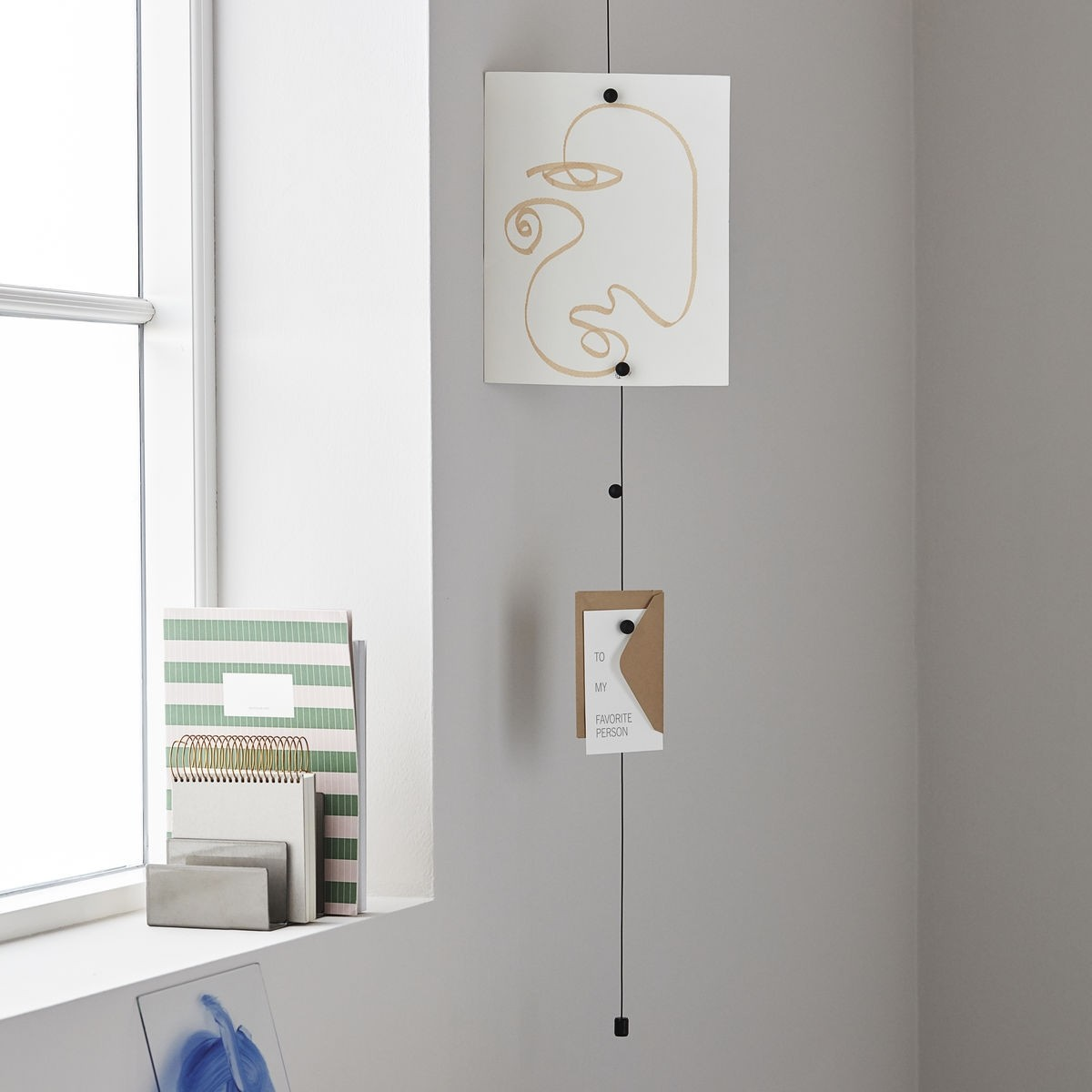 Monograph Photo/Memo Display Cable Magnetic
