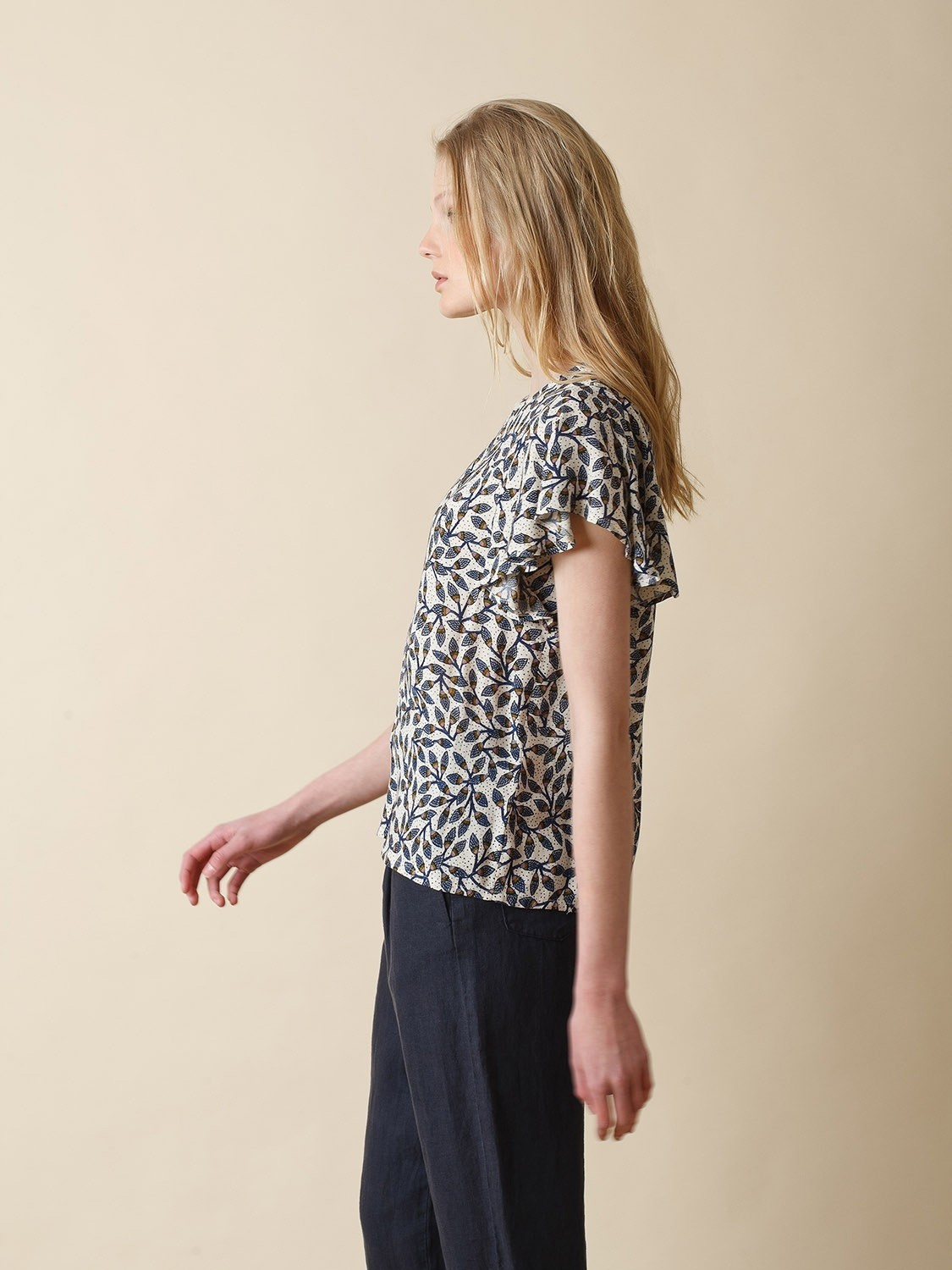 Printed Fluid Top with Ruffles