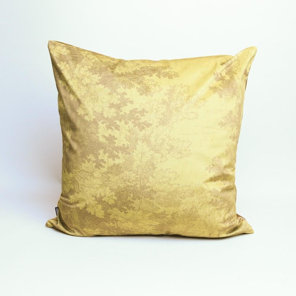 Vanilla Fly Muscard Woods Cushion