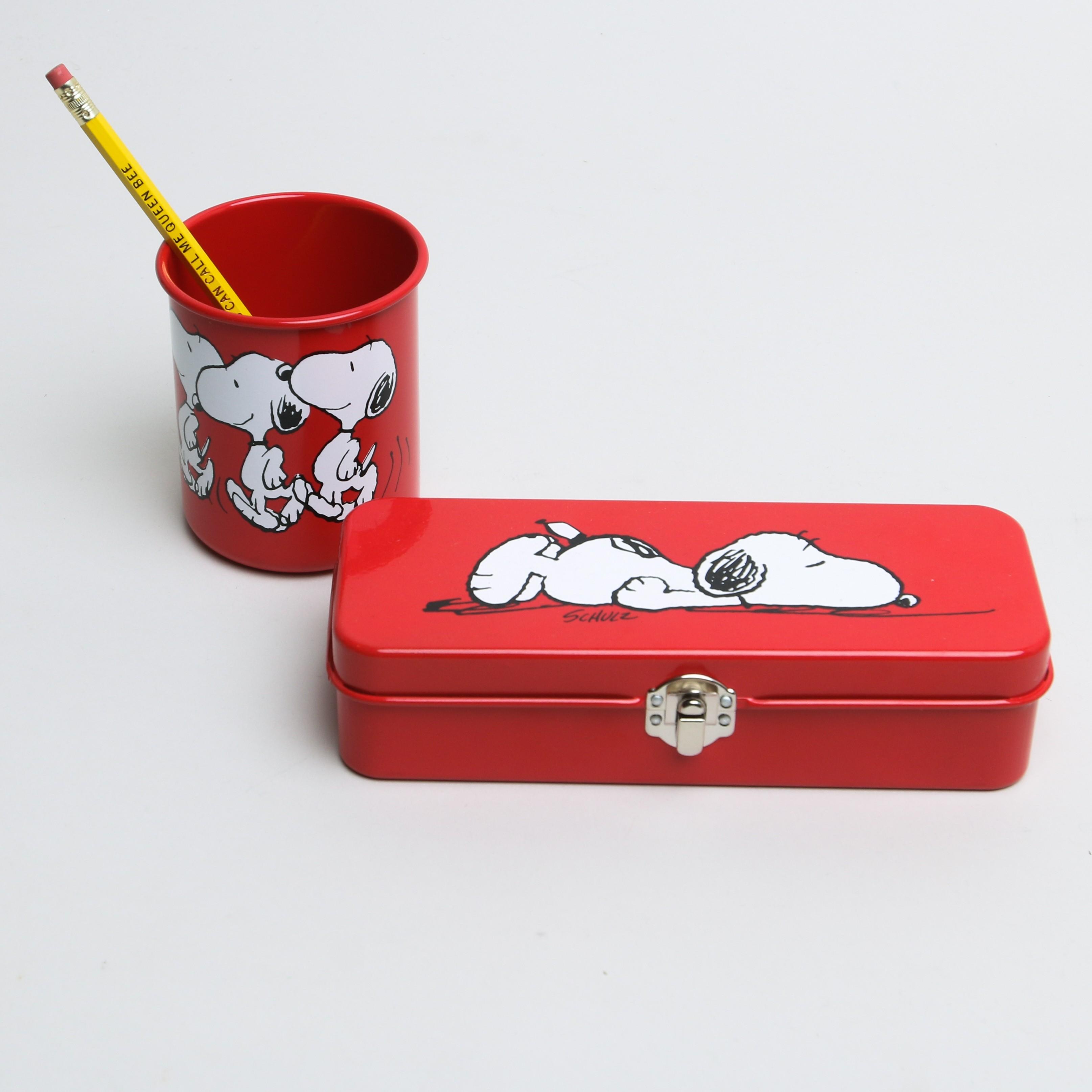 Snoopy Tin Pencil Case Red