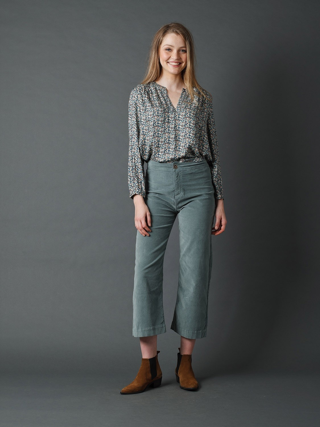 Velour Crop Trousers